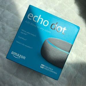 Brand New 3rd gen Amazon Alexa Echo Dot In the Box